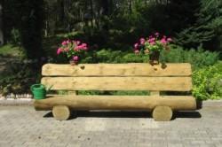 Садовая лавка из бревна